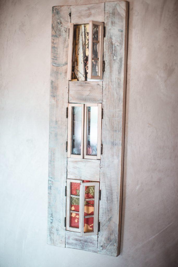 Decoration murale sur mur à la chaux